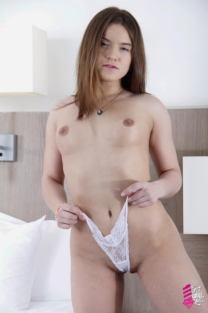 content firstanalquest newpicgalleries 460 uyun content 02b
